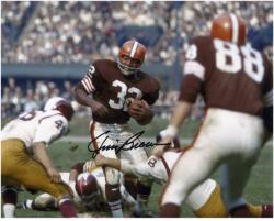 Jim Brown Cleveland Browns Autographed 8'' x 10'' vs Washington Redskins Photograph - Mounted Memories
