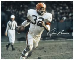Jim Brown Cleveland Browns Autographed 16'' x 20'' Run With Ball Silver Ink Photograph - Mounted Memories