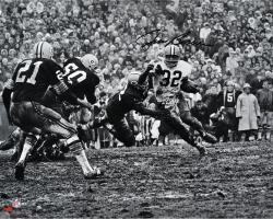 """Jim Brown Cleveland Browns Autographed 16"""" x 20"""" Horizontal in Mud Photograph"""