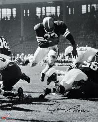 "Jim Brown Cleveland Browns Autographed 16"" x 20"" Vertical Touchdown Dive Photograph"