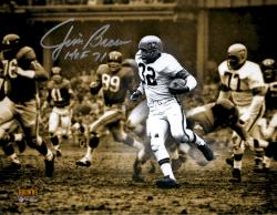 Jim Brown Cleveland Browns Autographed 11'' x 14'' Spotlight Photograph with HOF 71 Inscription