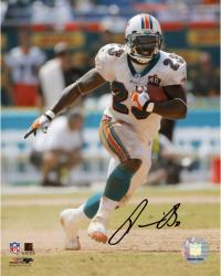 BROWN, RONNIE AUTO (DOLPHINS/SOLO/RUNNING/ARM EXTENDED) 8x10 - Mounted Memories