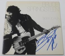 Bruce Springsteen Signed Born To Run Album Vinyl Autograph Proof Pic Psa/dna Loa