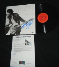 Bruce Springsteen Signed Born To Run Vinyl Record Album Great Auto Psa/dna Coa
