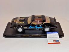Burt Reynolds Signed Smokey And The Bandit '79 Pontiac Firebird 1:18 Car Psa/dna
