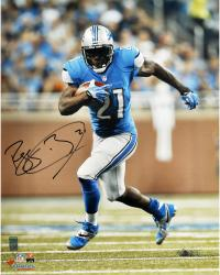 Reggie Bush Detroit Lions Autographed 16'' x 20'' Vertical Running Photograph - Mounted Memories
