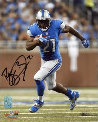 Reggie Bush Detroit Lions Autographed 8'' x 10'' Vertical Running Photograph - Mounted Memories