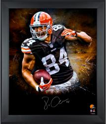 Jordan Cameron Cleveland Browns Framed Autographed 20'' x 24'' In Focus Photograph - Mounted Memories