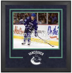 """Vancouver Canucks Deluxe 16"""" x 20"""" Horizontal Photograph Frame"""