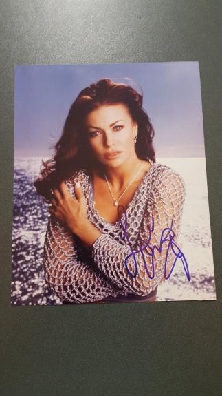 Carmen Electra autographed Photograph - coa - 8