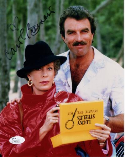 CAROL BURNETT HAND SIGNED 8x10 COLOR PHOTO    GREAT POSE WITH TOM SELLECK    JSA