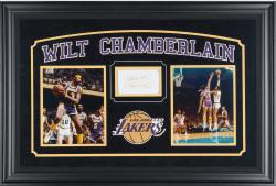 CHAMBERLAIN, WILT FRMD AUTO (LAKERS) HORIZONTAL PSA 3X5 SLAB - Mounted Memories
