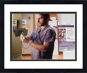 Charlie Day Autographed 8x10 Color Photo (horrible Bosses) - Jsa Coa!