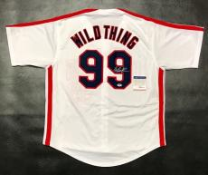 CHARLIE SHEEN AUTOGRAPHED WILD THING JERSEY with PSA ITP COA #8A30006 INDIANS