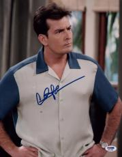 Charlie Sheen Signed 11x14 Photo Autographed Psa/dna Itp 3a91980