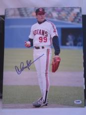 CHARLIE SHEEN SIGNED AUTO 11x14 PHOTO  PSA/DNA ITP MAJOR LEAGUE 4A