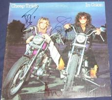 Cheap Trick Rock N Roll Hof Signed 1977 In Color Album Autographed Zander Nielse