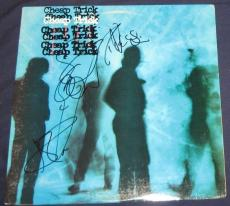 "Cheap Trick Rock N Roll Hof Signed 1985 ""standing On The Edge"" Album Autographed"