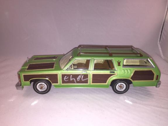 Chevy Chase Signed 1979 National Lampoons Vacation 1:18 Wagon Queen Bas Beckett