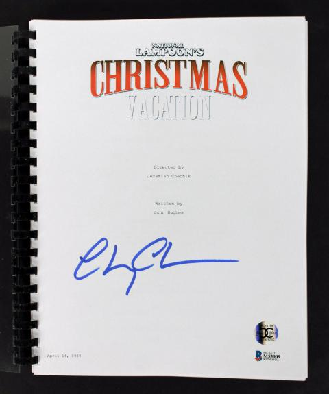 Chevy Chase Signed Christmas Vacation Movie Script BAS Witness #M53009