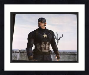 "CHRIS EVANS SIGNED AUTOGRAPH ""CAPTAIN AMERICA CIVIL WAR"" CLASSIC POSE 8x10 PHOTO"