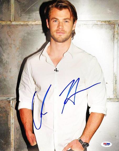 Chris Hemsworth Autographed Signed 11x14 Photo PSA DNA AFTAL