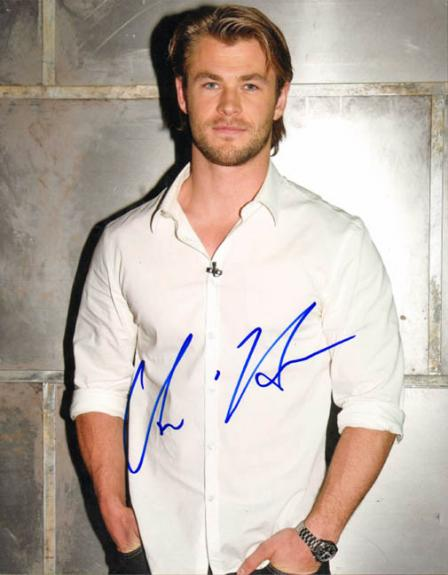 Chris Hemsworth Autographed Signed Style Photo AFTAL
