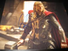 CHRIS HEMSWORTH SIGNED AUTOGRAPH 8x10 PHOTO THOR AVENGERS PROMO IN PERSON COA D