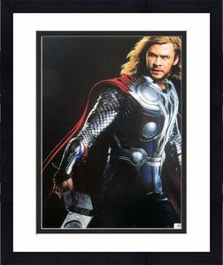 Chris Hemsworth Signed Autographed 11X14 Photo Thor The Avengers JSA CC88611