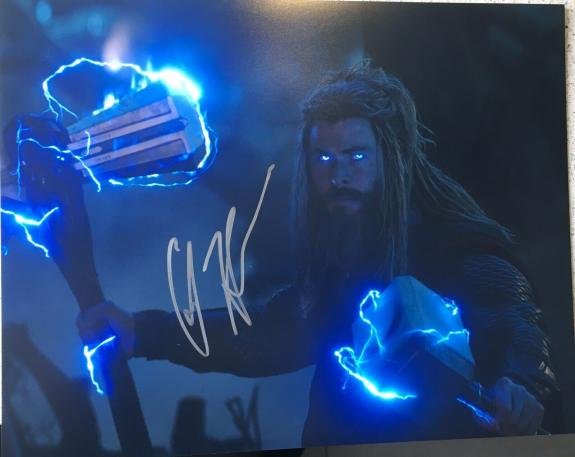 CHRIS HEMSWORTH SIGNED FULL NAME AUTOGRAPH THOR AVENGERS ENDGAME 11x14 PHOTO E