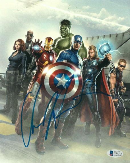 Chris Hemsworth Signed Marvel 'Avengers' 8x10 Photo BAS T64317