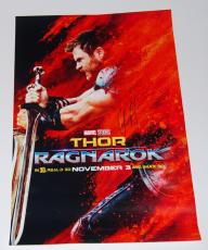 CHRIS HEMSWORTH signed (THOR RAGNAROK) New movie poster W/COA *AVENGERS*