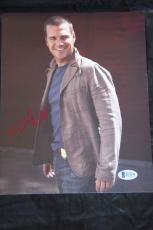Chris O'Donnell signed 8x10 autographed photo NCIS Beckett B21145