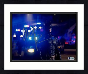 Christian Bale Signed Batman 8 x 10 Photo Police In Back Beckett Sticker Only