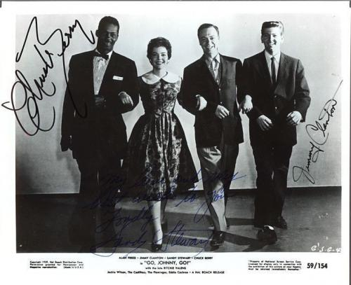 """Chuck Berry, Signed 3 Signatures From The Film """"go Johnny Go"""" With Coa"""