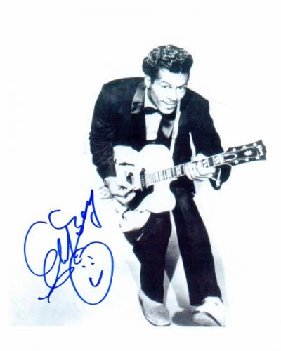 Chuck Berry Signed - Autographed Legendary Singer - Songwriter 8x10 inch Photo - Guaranteed to pass PSA or JSA