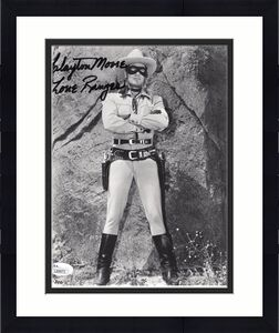 CLAYTON MOORE HAND SIGNED 8x10 PHOTO    AMAZING POSE AS THE LONE RANGER     JSA