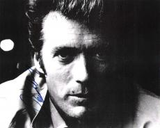 """CLINT EASTWOOD as HARRY CALLAHAN in """"DIRTY HARRY"""" Signed 10x8 B/W Photo"""