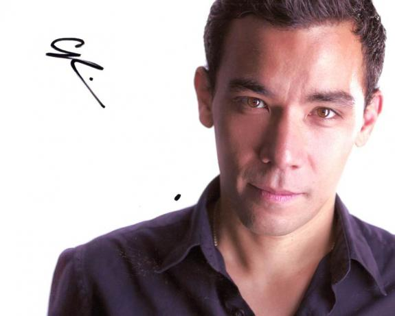 Conrad Ricamora Autographed Photo How To Get Away With Murder UACC RD AFTAL