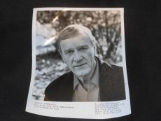 Country Music HOF Eddy Arnold (d.08) Signed Vintage Autograph 8x10 Photo JB5