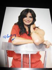 COURTENEY COX SIGNED AUTOGRAPH 8x10 PHOTO COUGARTOWN FRIENDS BEAUTIFUL BABE F