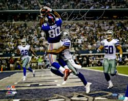 "Victor Cruz New York Giants Autographed 16"" x 20"" vs. Dallas Cowboys Photograph"