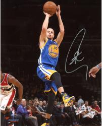 """Stephen Curry Golden State Warriors Autographed 8"""" x 10"""" Fade Away Photograph"""