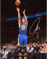 "Stephen Curry Golden State Warriors Autographed 8"" x 10"" Blue Uniform Shooting Photograph"