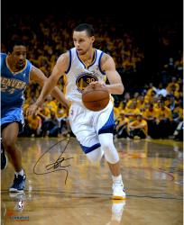 """Stephen Curry Golden State Warriors Autographed 16"""" x 20"""" Driving Photograph"""