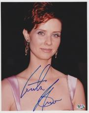 Cynthia Nixon Autographed SEX AND THE CITY 8x10 Photo