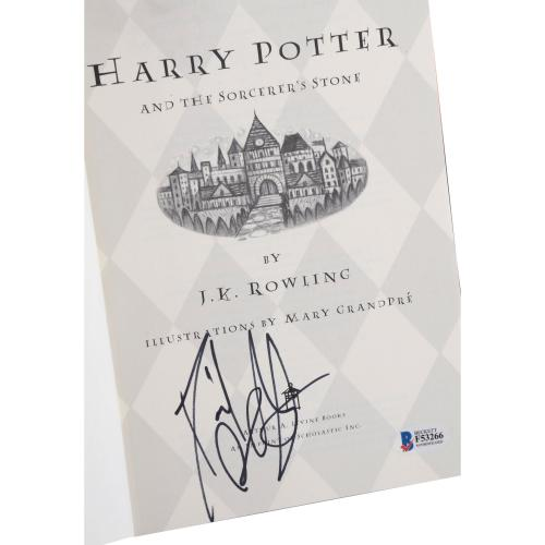Daniel Radcliffe Autographed Harry Potter And The Sorcerer's Stone Book - BAS
