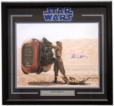 Daisy Ridley Signed Framed Star Wars: The Force Awakens 16x20 Desert Photo PSA