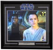 Daisy Ridley Signed Framed Star Wars: The Force Awakens 16x20 Photo PSA