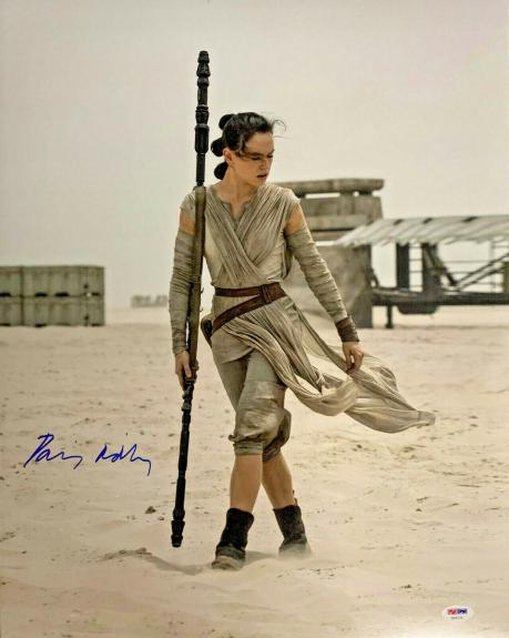 Daisy Ridley Signed Star Wars 16x20 Photo - Rey PSA DNA COA